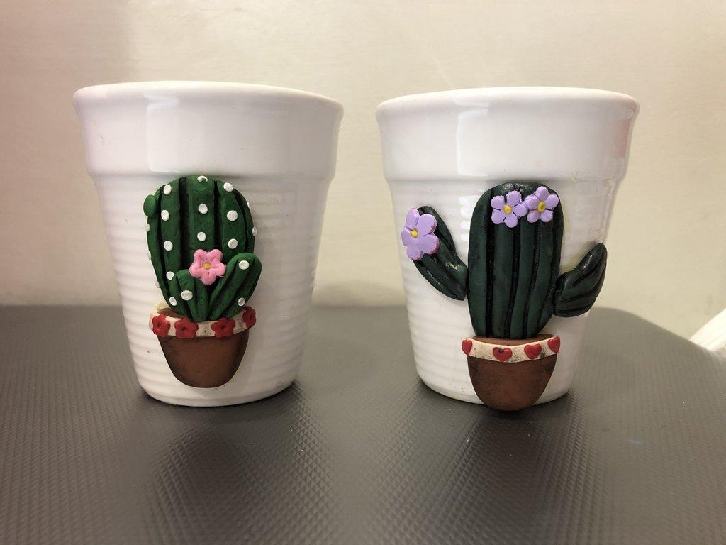Tazze con cactus