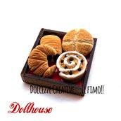 Miniatura dollhouse - panettiere - pane - girella cioccolato e zucchero - sfilatino, pagnotta, cornetto, croissant - handmade kawaii idea regalo 1:12