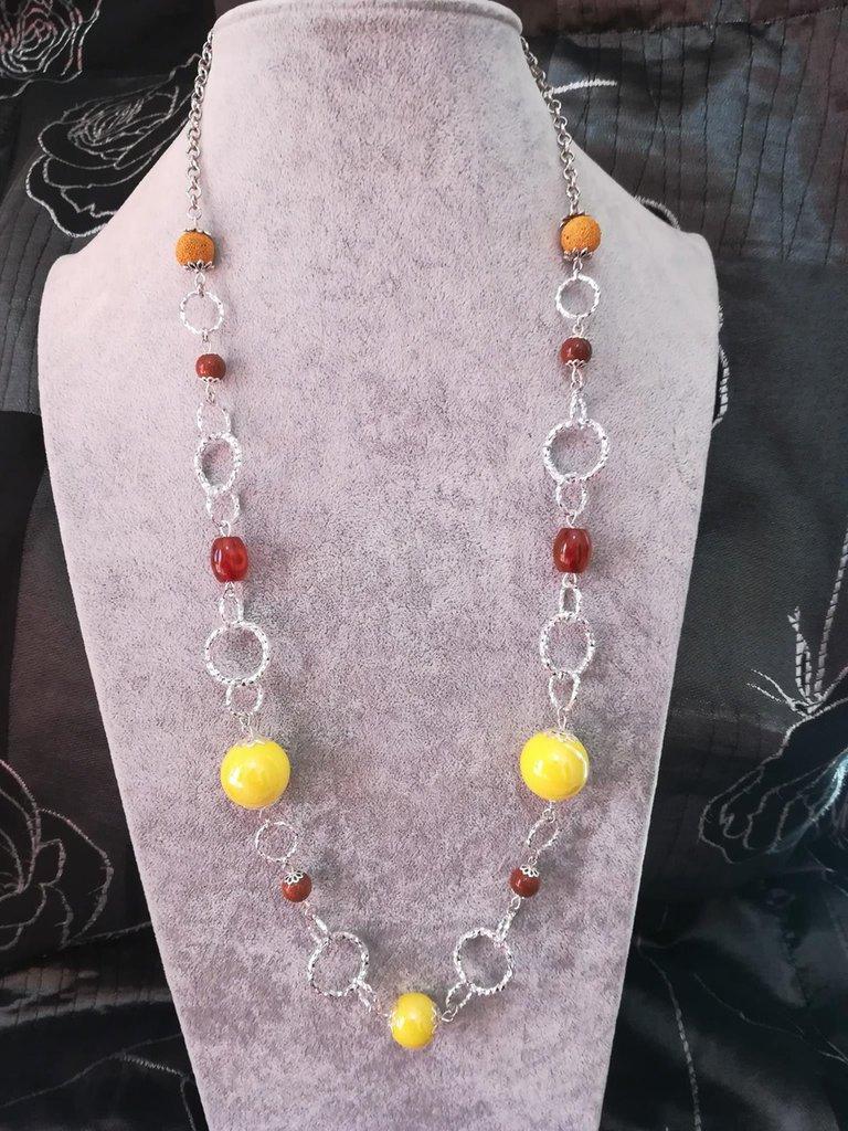 Collana pietre dure Pietra Lavica Porcellana Alluminio diamantato giallo arancio marrone