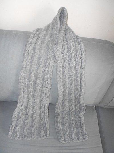 Sciarpa lunga lavorata a mano - sciarpa unisex uomo donna modello con trecce - Sciarpa fatto ai ferri -