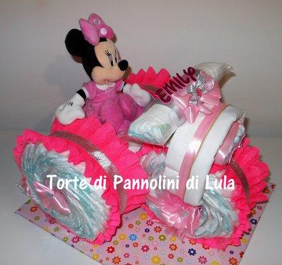Torta di Pannolini Pampers triciclo peluche Minnie idea regalo nascita battesimo baby shower