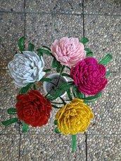 Poenia fiori di perline