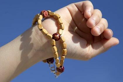 Bracciale originalein perle di legno