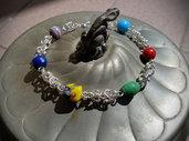 Bracciale maglie bizantine lavorate con la tecnica chainmaille e perle di vetro