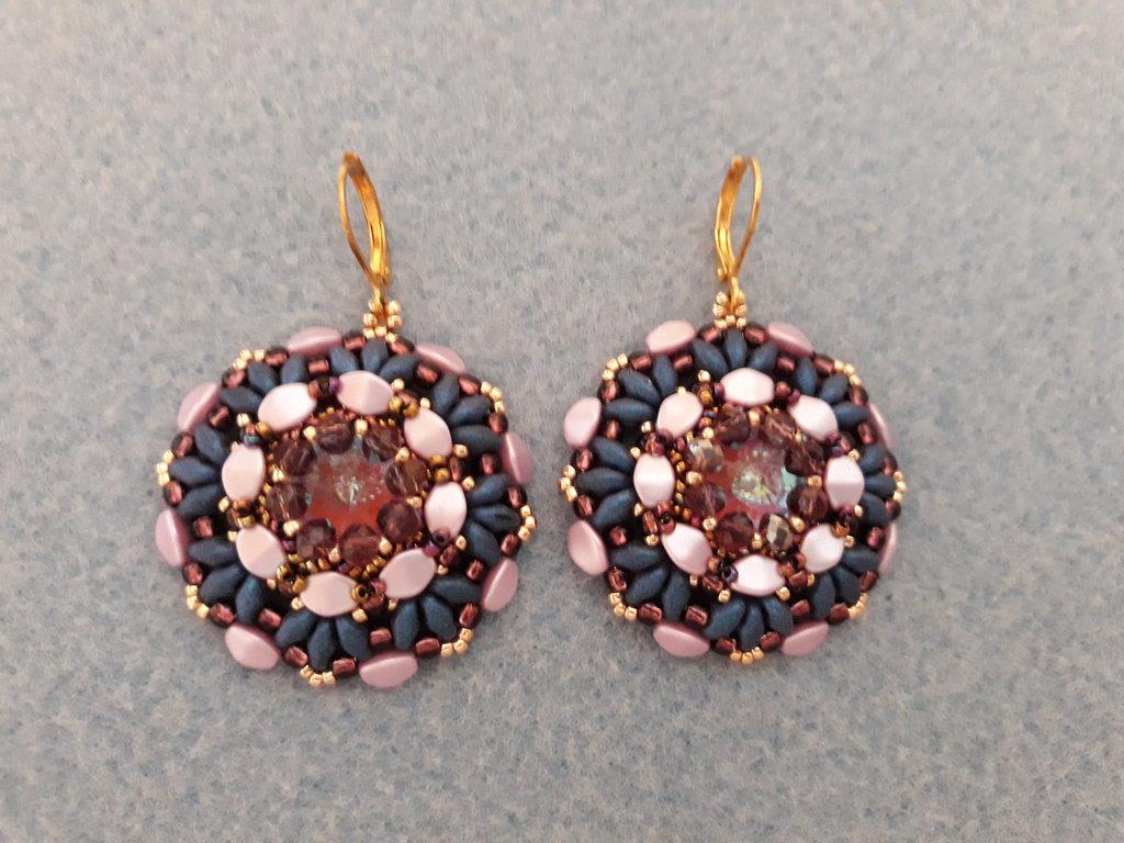 orecchini con pinch beads