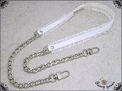 Tracolla per borsa lunga cm.115 - similpelle lucida bianca, impunturata con doppia gala, catena argento o oro