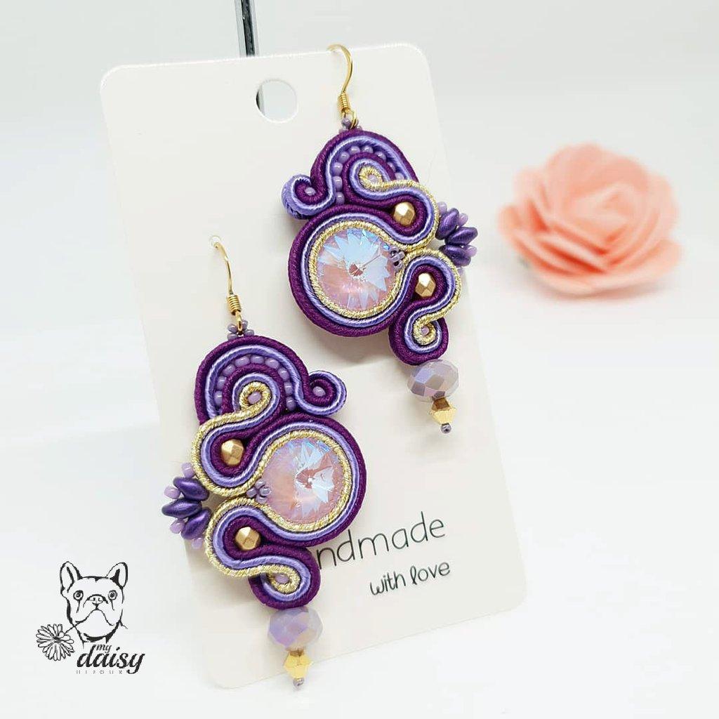 Orecchini soutache viola, lilla e oro con swarovski, cristalli e perline