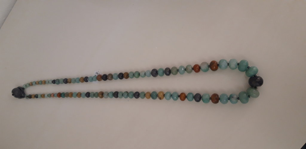Collana in pietra naturale in giada ed ematite