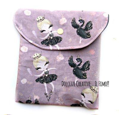 Pochette Borsello - wet bag - con chiusura a pressione - idrorepellente - Ballerina con cigno nero - Danza - Assorbenti lavabili - pannolini lavabili