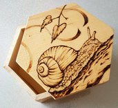 Cofanetto in legno. Portagioie