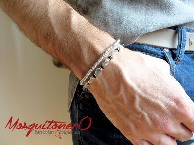 Bracciale uomo in colore argento e nero con perle irregolari in cotone e vetro,idea regalo ragazzo
