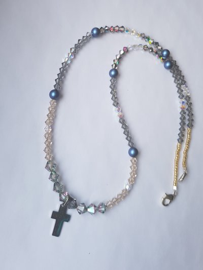 Collana Cross and  Crystals