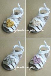 Sandali bianchi neonata/bambina - fasce incrociate alla caviglia - cuore avorio/giallo/glicine/argento