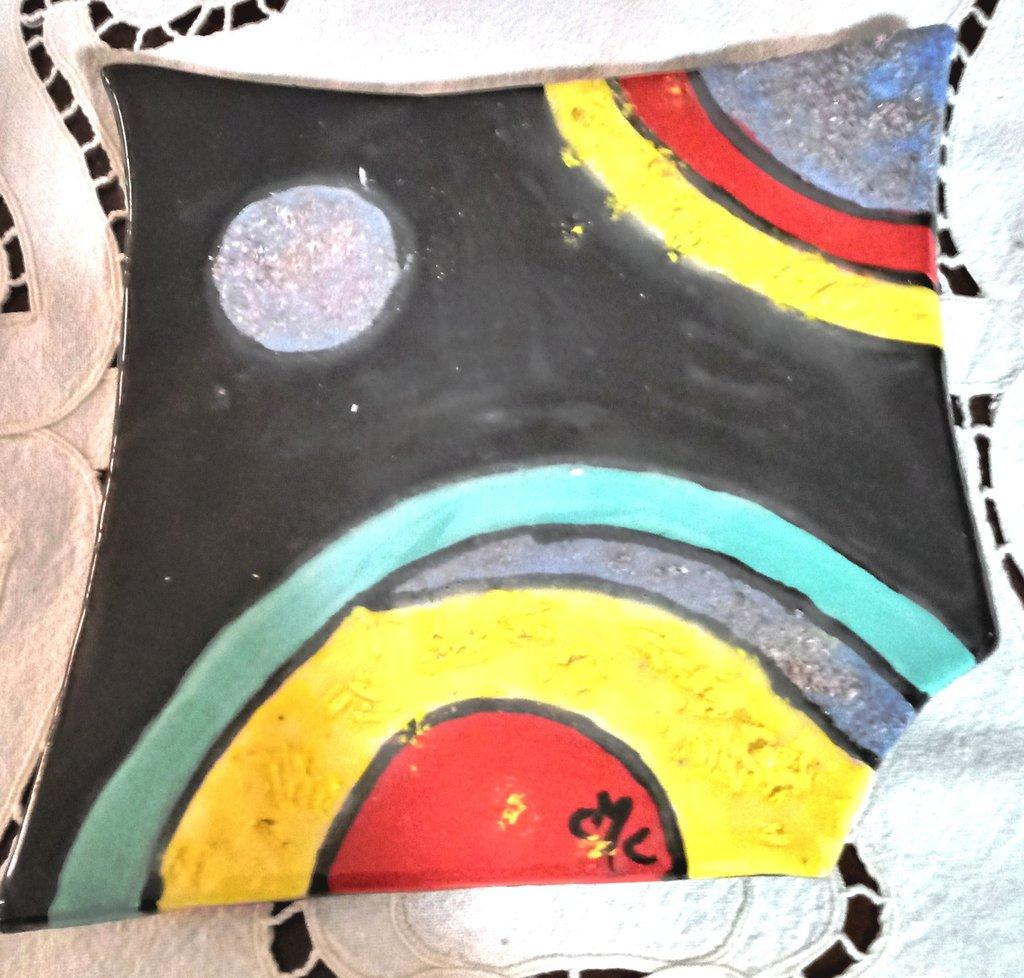 Stile moderno per vassoio svuotatasche manufatto di ceramica a colori vivaci con decori sabbiosi