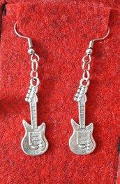 Orecchini chitarra elettrica