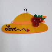 Cappellino decorazione da parete in pannolenci