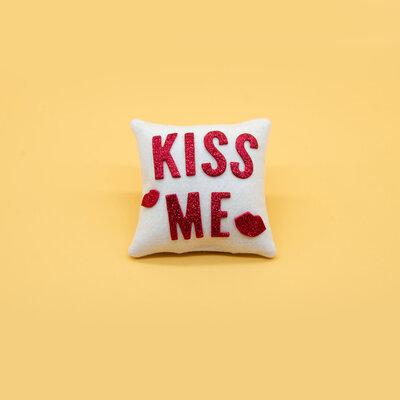 Mini cuscino Kiss me, 9 x 9 cm
