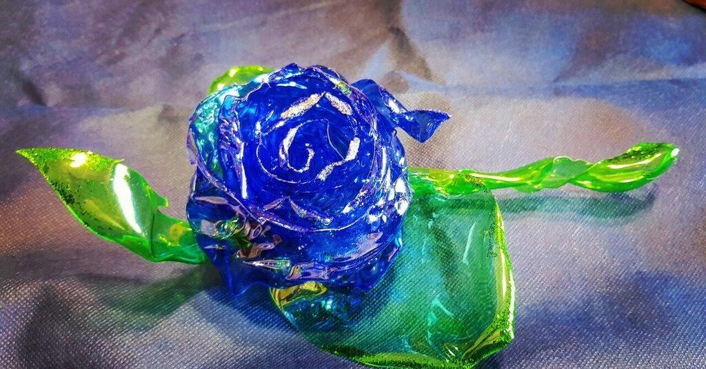 Rosa Blu Effetto Vetro Interamente Fatta A Mano