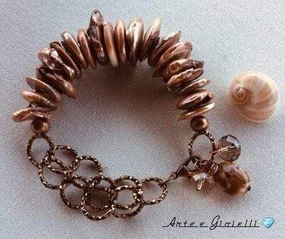 Bracciale con perle di fiume chips color crema