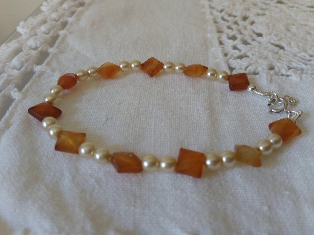 braccialetto argento 925 corniola e perle