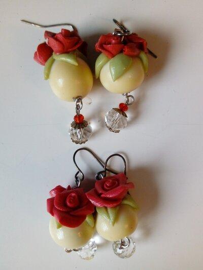 Orecchini perla con rose