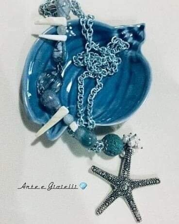 Collana celeste con agata e stella