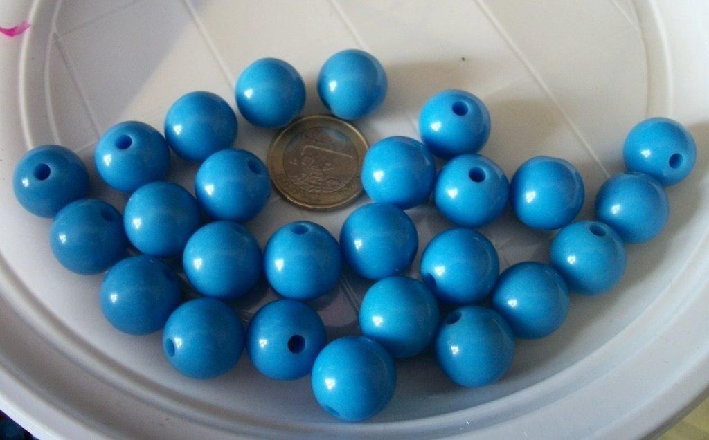 26 perline in plastica