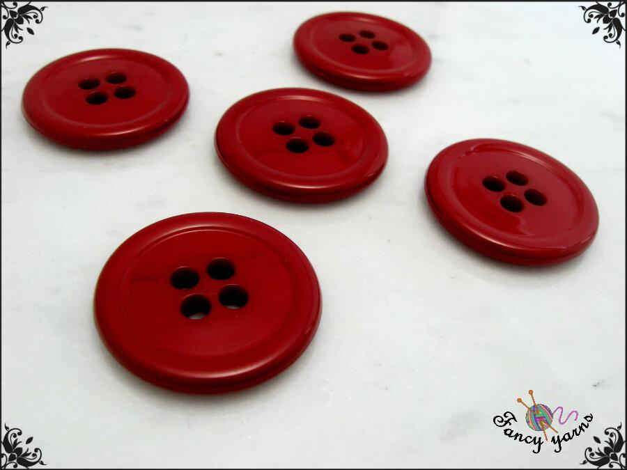 5 grandi bottoni mm.27, in poliestere lucido,  colore rosso ciliegia, attaccatura a 4 fori