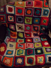 Coperta uncinetto, plaid, granny square, crochet, coperta in lana.