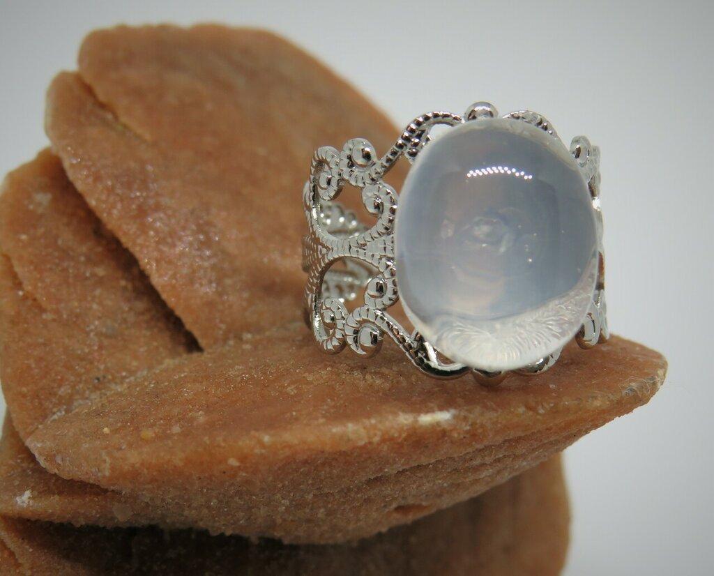 Anello color argento anticato regolabile con pietra di luna fatto a mano pezzo unico