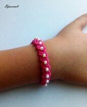 Braccialetto rosa per bambina  , fatto a mano