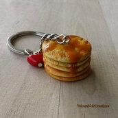 Portachiavi pancake con sciroppo di acero in fimo
