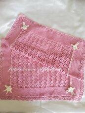 Copertina rosa  per culla