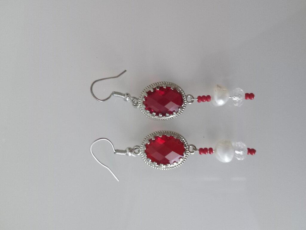 orecchini rossi con perla