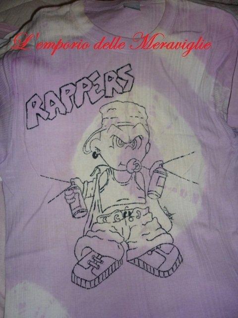 T-Shirt dipinte con colori per stoffa