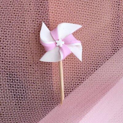 Girandola interamente realizzata a mano in pasta FIMO ideale per decorare le vostre bomboniere