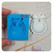 Stampo in silicone bavaglino bebè vers.2, 4,2x3,3cm nascita battesimo handmade per gesso ceramico paste modellabili
