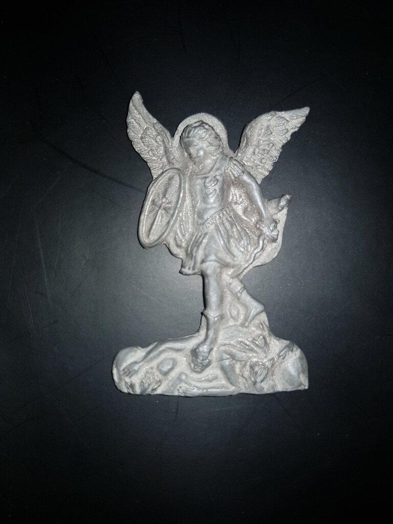 Calamita magnete in ceramica. San Michele Arcangelo
