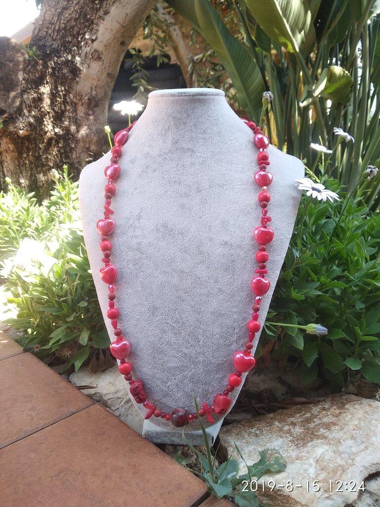 Collana lunga in pietra e minerali