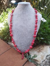 Collana lunga in corallo rosso e ceramica