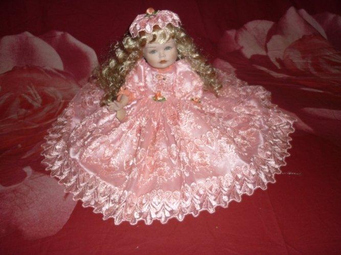 Bambola in porcellana SISSI