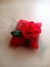 Bomboniera laurea rosa rossa regalo invitati segnaposto a uncinetto