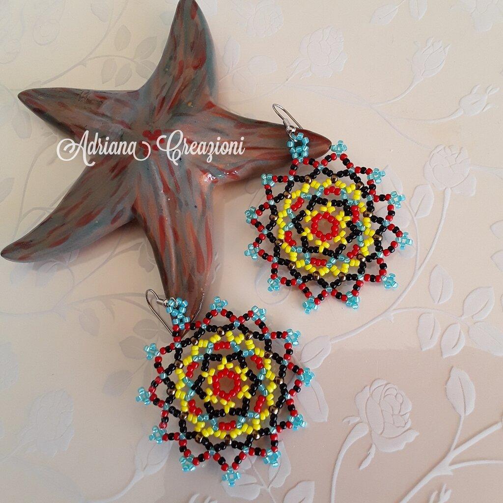 Orecchini Zaira realizzati in tessitura peyote