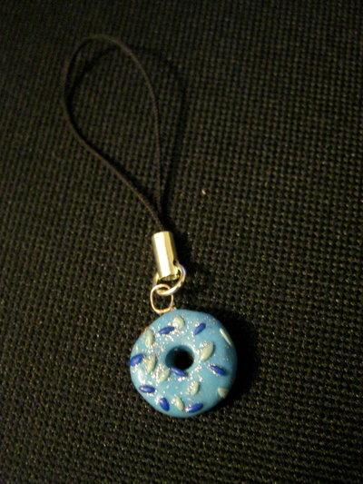 phone charm blue doughnut