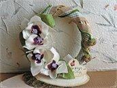 Ghirlanda in vimini con orchidee