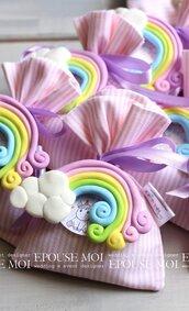 bomboniera arcobaleno in fimo con sacchettino