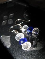Orecchini con tre perle semicristalli blu e trasparent