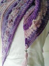 coprispalle- scialle lana tonalità  rosa, lilla e viola.