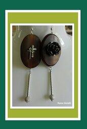 Orecchini pendenti in corno,onice e argento