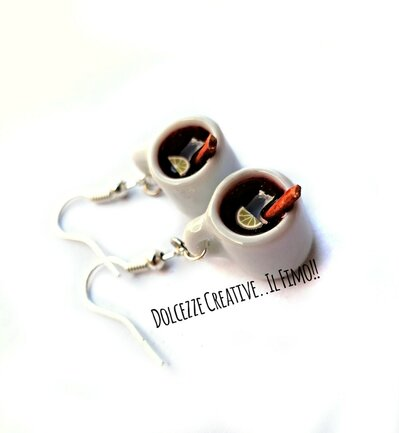 NATALE IN DOLCEZZE - Orecchini tazze con Vin brulé - bevanda natale - idea regalo handmade miniature - kawaii